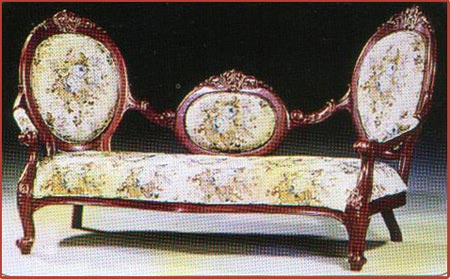Cameo Triple Chaise