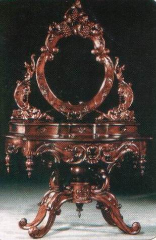 Dressing Table with Stool Grape Carved
