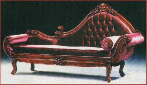 Grape Carved Single Ended Sofa