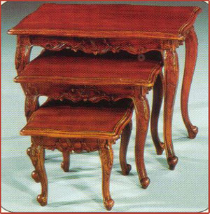 Queen Anne Nest of Mini Table
